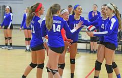IMG_1084 (SJH Foto) Tags: school girls club high team teenagers teens volleyball cheer huddle tweens