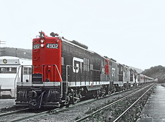 Roger Puta rode this Central Vermont Excursion Train on October 6, 1968 (railfan 44) Tags: vermont central grandtrunkwestern