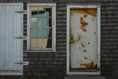 Skewbald in Vinalhaven (Photo Oleo) Tags: door windows reflection maine vinalhaven shingled