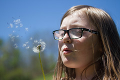 Make a Wish (Universal Stopping Point) Tags: family home kentucky puff blow dandelion