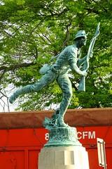 Spanish-American War Monument (pecooper98362) Tags: newyork statue bronze spring memorial binghamton susquehannariver spanishamericanwar confluencepark chenangoriver bridgerestoration robertingersollaitkin newyorkstatevolunteers theskirmisher 1stregimentinfantry 80000cfm