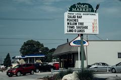 Tom's (David Stebbing) Tags: street color flickr roadside