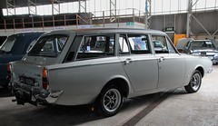 UOU 400H (1) (Nivek.Old.Gold) Tags: ford estate deluxe corsair 1970 abbott v4 2000cc classicscentral