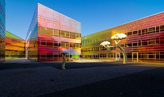 _DSC2265 (durr-architect) Tags: light sun colour reflection netherlands glass architecture modern facade offices almere défense berkel unstudio