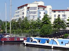 Houseboats on Bristol Floating Harbour (chibeba) Tags: city uk travel summer england tourism june docks bristol europe waterfront unitedkingdom harbour destination avon waterside daytrip dayout floatingharbour 2016 citybreak bristolfloatingharbour