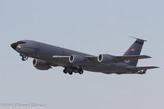 Az Air National Guard - Boeing KC-135 Stratotanker-2656 (rob-the-org) Tags: iso100 noflash cropped boeing departure f11 terminal4 phx phoenixaz kc135 stratotanker 250mm kphx arizonaairnationalguard 1160sec azang skyharborinternational gearinmotion parkingp8