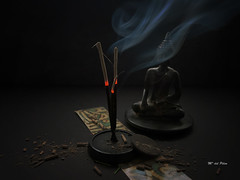MOMENTO ZEN: 25/HUMO (M. del Pilar) Tags: buddhabar zen stillife humo buda ancestral cenizas incienso sandalo fotocancion bastoncillos latallereriafotografica fridaymelodiesphotos 25humo locosdelclic