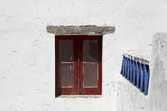 Ventana de Monsaraz (John LaMotte) Tags: ventana window janela fachada fenêtre monsaraz portugal infinitexposure ilustrarportugal
