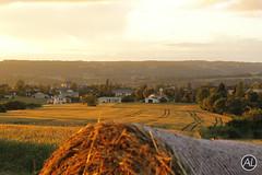 Couch de soleil sur Montbron (Anthouny Lazerand) Tags: soleil champs couch bl