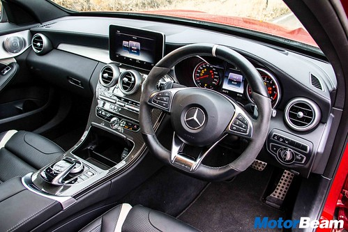 Mercedes-C63-AMG-S-11