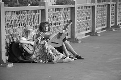 hippi (ercan_fb) Tags: travel bridge bw music 6 canon guitar istanbul can gitar ista 18135 600d