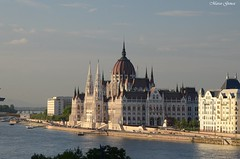 Budapest Parlament (m.genca) Tags: sunset sky panorama building history river spring hungary tramonto view fiume budapest palace cupola parlament palazzo panoram ungheria storico parlamento storia genca marcogenca