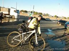EE16-065 (mandapropndf) Tags: braslia df omega asfalto pirenpolis pedal pir noturno apoio extremos mymi cicloviagem extrapolando