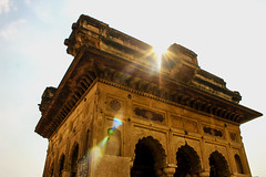 welcoming the sun (dineshreddy5) Tags: travel sun india heritage fort palaces flares jhansi incredibleindia