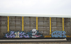 GUT - CIEH (Electric Funeral) Tags: railroad art digital train canon photography graffiti gut midwest nebraska paint railway iowa fremont kansascity railcar missouri lincoln kansas traincar omaha alb graff aerosol freight tio desmoines freighttrain autorack councilbluffs tfp benched benching xti freighttraingraffiti cieh