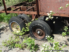 Discarded trailer near the Wainfleet Bog 201305-20 (Wolfmaan) Tags: camping outdoors hiking barefoot bog toering barfuss wainfleet bushcraft wolfmaan