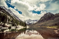 Maroon Bells (Tamara Susa) Tags: mountain lake snow reflection nature clouds spring colorado groundhog maroonbells
