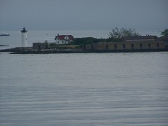 Constitution Light- Fort Constitution NH- from Fort McClary ME (1) (kevystew) Tags: statepark light lighthouse fort maine newhampshire portsmouth kitterypoint rockinghamcounty yorkcounty nationalregister nationalregisterofhistoricplaces portsmouthharbor statehistoricsite fortconstitution constitutionlight