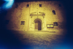 Ateka (Garuna bor-bor) Tags: door camera windows light film church stone 35mm geotagged diy puerta pierre iglesia pinhole ventanas homemade 200 porte zb eliza fachada euskalherria eglise faade basquecountry matchbox kodacolor harri leaks fenetres piedra paysbasque fotografa pasvasco fatxada lapurdi stnop ciboure leihoak etxaurre ziburu 2013 redscale ateka argazkilaritza estenopica estenopeikoa labourd geolokalizatua geokokatua  orratzulo
