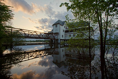 Floating on water (Chizuka2010) Tags: reflection architecture day cloudy ottawa wideangle amanecer boathouse reflets ottawariver reflejos 10mm rivièreoutaouais ottawanewedinburghclub chizuka2010 luciegagnon