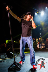 176032254SL002_Kid_Rock_And