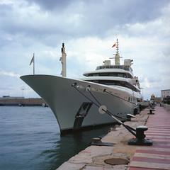 Ibiza Harbor (miloniro) Tags: 120 6x6 mamiya film analog mediumformat spain kodak yacht omega ibiza mamiya6 portra kodakportra400 mittelformat ibizaharbor mamia6