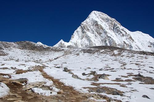 """Everest Base Camp - Kala Pathar <a style=""""margin-left:10px; font-size:0.8em;"""" href=""""http://www.flickr.com/photos/125852101@N02/16540305711/"""" target=""""_blank"""">@flickr</a>"""