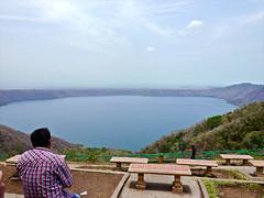 photo - Apoyo Lake, Nicaragua (Jassy-50) Tags: photo catarina nicaragua apoyolake apoyo lake calderalake caldera volcano bench hbm