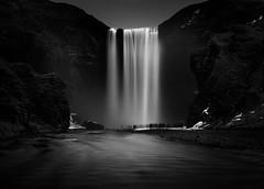 Overcrowded (ullibee) Tags: wow island blackwhite waterfall iceland wasserfall schwarzweiss skgafoss langzeitbelichtung longtimeexposure skg