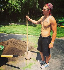 Successfully moved 4 yards of dirt, plus a 2.5 hour workout yesterday. Safe to say I'm exhausted. Where is the wine? #Limitless #fit #fitness #triathlon #motivation #ultramarathon #ironman #god #fitnessaddict #fitspo #workout #crossfit #getfit #training # (iankallay) Tags: inspiration motivation fitness fit