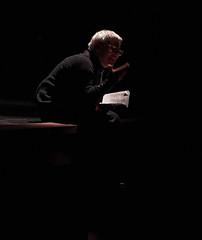 Lontano lontano (Compagnia Centrale dell'Arte) Tags: resistenza 25aprile teatroscuola francofortini teatrocivile ilsoldato lauraforti mariondamburgo