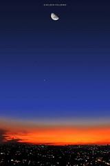 Lua, Venus, Terra e o Sol que se foi... SELO DIAMANTE, 3o. #selodiamante #lua #crepusculo #nuvens #cloudhunters (helderpalermo) Tags: crepusculo cloudhunters nuvens selodiamante lua