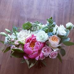 bridesmaid's bouquet 02 (Flower 597) Tags: centerpiece corsage weddingflowers weddingceremony boutonniere bridalbouquet weddingbouquet weddingflower floralcrown weddingflorist ceremonyarch flower597 torontoweddingflorist