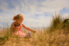 """ To see a world in a grain of sand and heaven in a wild flower ... "" (Margarita K...) Tags: portrait beach childhood southwales wales bay three sand nikon child south ngc cliffs fairytales beautifulwales mkphotography d5200 margaritakphotography"