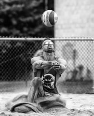 Staying Focused (Danny VB) Tags: canada men beach sport canon photography photo spring open noiretblanc quebec action may beachvolleyball tournament volleyball dannyboy focused 6d joliette stayingfocused canon6d gardz
