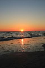 Holmes Beach Bradenton (Graeme Darbyshire) Tags: bradenton holmesbeach usa america sunset sea seascapes canon70d gdarbyshire graemedarbyshire explore explored