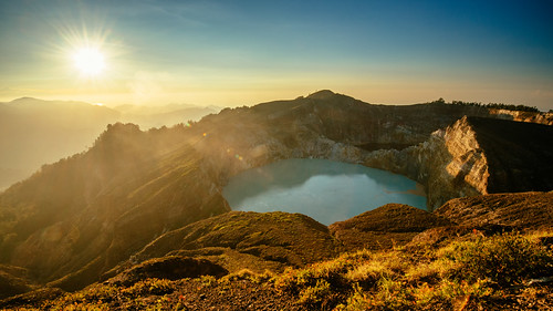 Sunrise at Kelimutu Crater