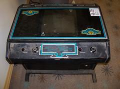 CA Santa Clara - Warlords (scottamus) Tags: california game classic table video arcade atari cocktail santaclara 1980 cax warlords californiaextreme