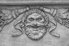 The Face on the Urn (FagerstromFotos) Tags: art face urn eyes terracotta decoration planter biltmoreestate ashevillenc