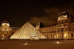 DSCF8071 (johnhlreading) Tags: louvre le cour napoléon