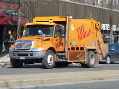 International DuraStar (JLaw45) Tags: road street new cambridge england urban usa public boston trash america ma garbage state metro massachusetts united duty rear north newengland utility international domestic american area works vehicle government service metropolis states waste mass refuse loader heavy northeast metropolitan sanitation beantown theworks durastar nonimport