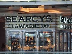 St Pancras station on the upper level [shared] (Simon Bolton UK) Tags: london station champagne stpancras searcys searcyschampagnebar