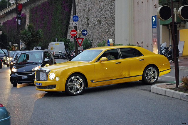 yellow monaco bentley 2012 mulsanne