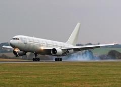 G-SJET Boeing 767-216ER Silverjet (Keith B Pics) Tags: boeing luton 767 b767 silverjet eggw gsjet gfjec