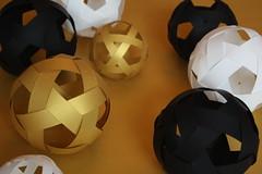 Origami création - Didier Boursin - Boules