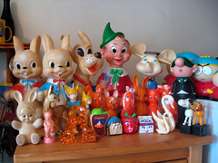 Vintage Toys (The Moog Image Dump) Tags: bunnies andy vintage toy toys pluto rabbits squeaker capp combex