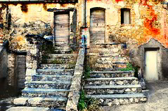 The House of the Spirits (La casa de los espíritus) (stedef) Tags: house casa ruin rudere molise olétusfotos mygearandme flickrsfinestimages1 flickrsfinestimages3