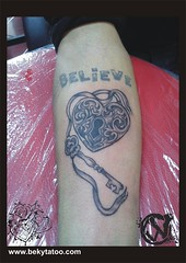 Bekytatoo, tatuaje Bacau (war_vlad) Tags: tattoo tatoo tatu tatto tato tatuaje tattoostudio tatuaj salontatuaje salontatuajebacau heartpadlocktattoo