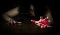 miedo al miedo..... (MaRuXa fotografía) Tags: canon miedo sangre oscuridad maruxa