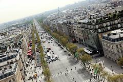 Avenue des Champs-Elyses, Paris (emski_m) Tags: city paris france view champs arc triomphe elysees arcdetriomphe champslyses